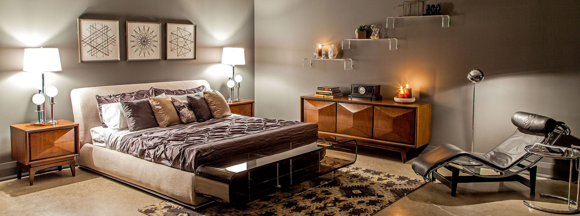 Carrocel Bedroom Furniture Display